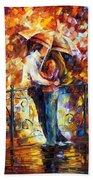 Kiss On The Bridge Beach Towel