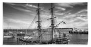 Lady Washington In Black And White Beach Sheet