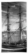Lady Washington In Black And White Beach Towel