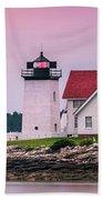 Maine Hendricks Head Lighthouse In Southport At Sunset Beach Towel
