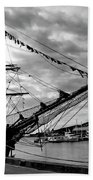 Moored At Hobart Bw Beach Towel