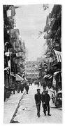 New York : Chinatown, 1909 Beach Towel