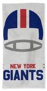 New York Giants Vintage Art Beach Towel