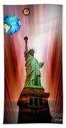 New York Nyc - Statue Of Liberty 2 Beach Towel