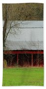 Old Red Barn In Jefferson County Beach Towel