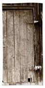 Old Rustic Black And White Barn Woord Door Beach Towel