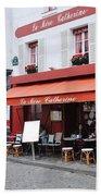 Place Du Tertre In Paris Beach Towel