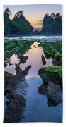 Point Of The Arches Beach Towel