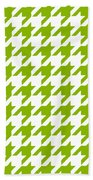 Rounded Houndstooth White Background 09-p0123 Beach Towel