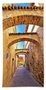 Street Of Sirmione Historic Architecture View Beach Towel