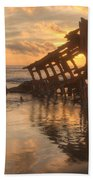 Sun Setting Behind Peter Iredale 0089 Beach Towel