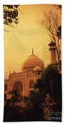Taj Mahal Sunset Beach Towel