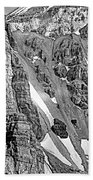 The Climb To Abbot's Hut Bw Beach Towel