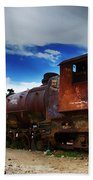 Train Graveyard Uyuni Bolivia 15 Beach Towel