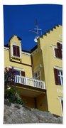 Villa Weiss Beach Towel