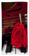 Violin And Rose On Piano Beach Towel