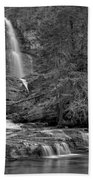 Virgina Falls In The Pool - Black And White Beach Towel