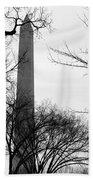 Washington Monument Bw Beach Towel