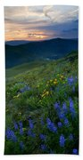 Yakima River Canyon Sunset Beach Towel