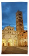 Cathedral Lucca Italy Beach Sheet
