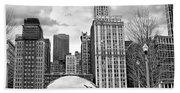Chicago Skyline In Black And White Beach Sheet
