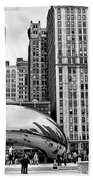 Chicago Skyline In Black And White Beach Towel