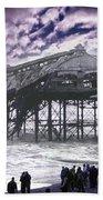 End Of The Pier Show Beach Sheet