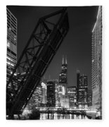 Kinzie Street Railroad Bridge At Night In Black And White Fleece Blanket