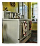 1950's Kitchen Stove Fleece Blanket