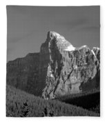 1m3621-bw-v-outlier Of Mt. Murchison Fleece Blanket