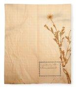 Beautiful Dried Vintage Flowers Fleece Blanket