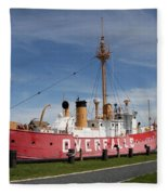 Light Vessel Overfalls Fleece Blanket