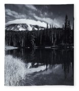 Rainier Capped Fleece Blanket
