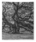 Angel Oak Tree In Black And White Fleece Blanket