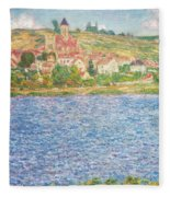 Vetheuil Fleece Blanket