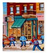 Montreal Paintings Fleece Blanket
