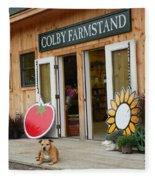 #923 D720 Colby Farm Stand Fleece Blanket