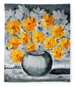 A Whole Bunch Of Daisies Selective Color I Fleece Blanket