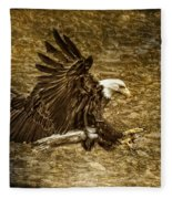 Bald Eagle Capture Fleece Blanket