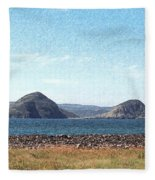 Bird Blind On The Beach Sketch Fleece Blanket