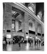 Black And White Pano Of Grand Central Station - Nyc Fleece Blanket