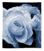 Blue Roses With Raindrops Fleece Blanket