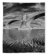 Bridge Curvature In Black And White Fleece Blanket