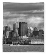 City - Skyline - Hoboken Nj - The Ever Changing Skyline - Bw Fleece Blanket
