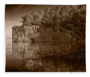 Cliff Face Northshore Mn Bw Fleece Blanket