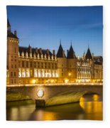 Conciergerie Twilight - River Seine Fleece Blanket