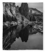 Crooked River Reflection Bw Fleece Blanket