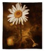 Delicate Daisy Fleece Blanket