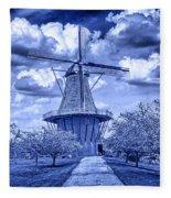 deZwaan Holland Windmill in Delft Blue Fleece Blanket