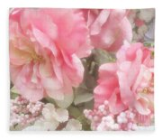 Dreamy Pink Roses, Shabby Chic Pink Roses - Romantic Roses Peonies Floral Decor Fleece Blanket